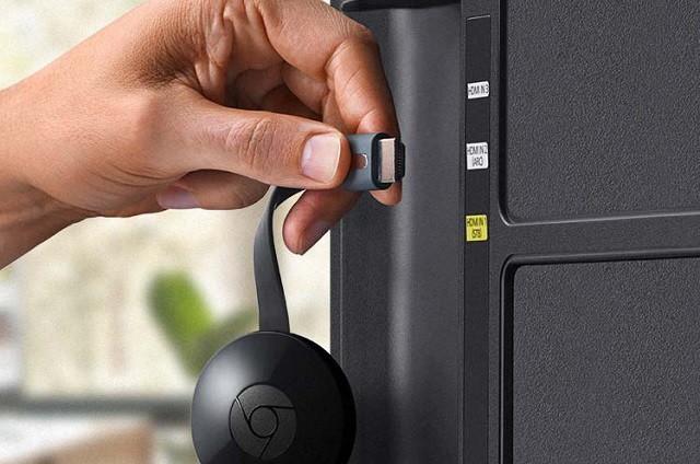 Connect Chromecast to TV - TechTade