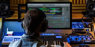 Best Alternatives to GarageBand for Music Production