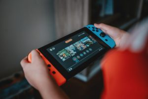 The Switch OLED's Ethernet Isn't Enough To Fix Nintendo's Online Woes