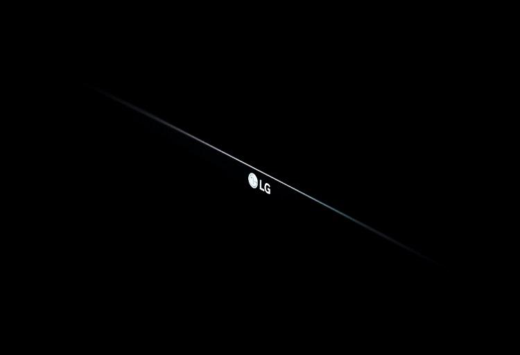LG's New Formidable Display Bend Both Ways